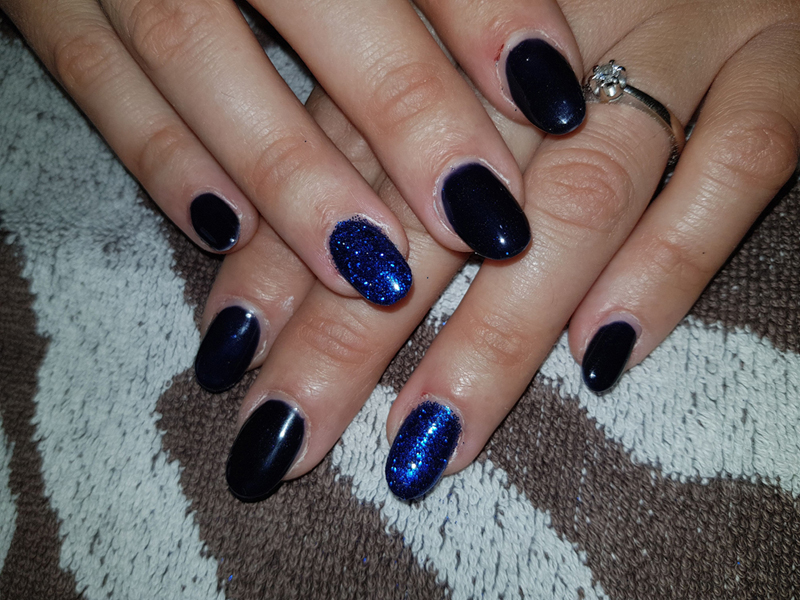 nail art tutorial blu e glitter