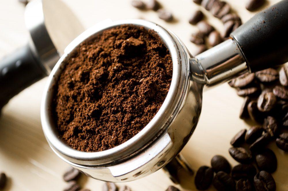 riutilizzare fondi di caffè