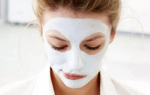 come fare una pulizia del viso