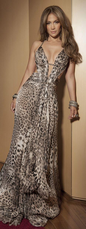 linea skincare Jennifer Lopez