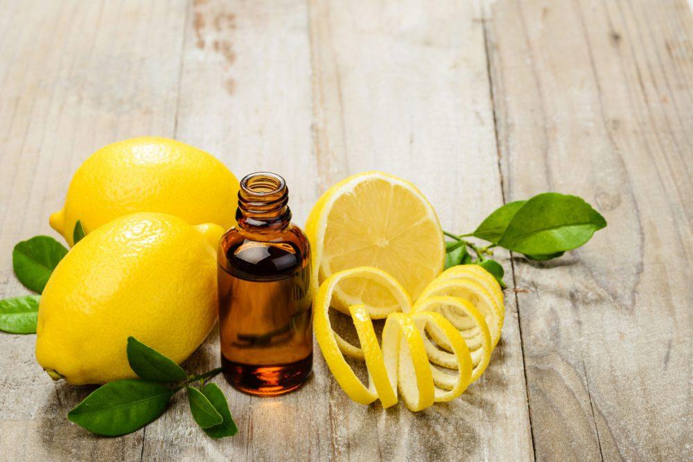 benefici dell'olio essenziale di limone