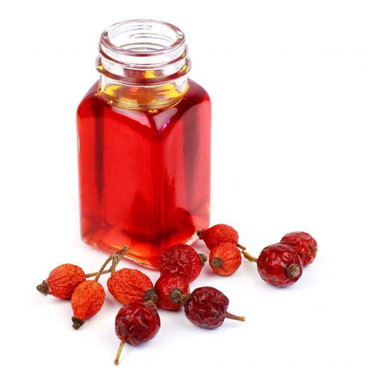 benefici cosmetici olio essenziale di Rosa Mosqueta
